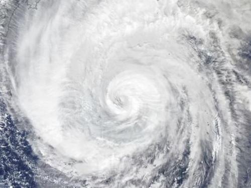 Megatajfun pogodio Japan, raste broj mrtvih