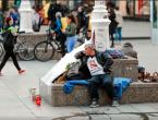 Očajni otac 100 noći proveo na Jelačićevu trgu tražeći istinu za preminulu kćer