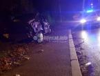 Mostar: Mladić ispao iz automobila i poginuo