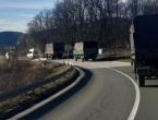 Oružane snage BiH montiraju šatore u migrantskom kampu Lipa kod Bihaća