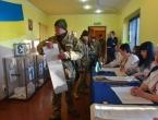 Ukrajinci biraju predsjednika, favorit je popularni komičar