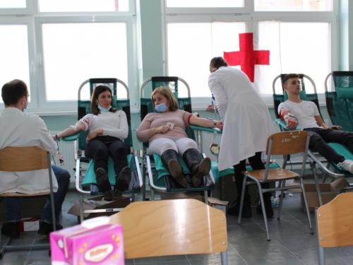 FOTO: U Prozoru prikupljeno 50 doza krvi
