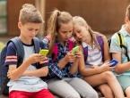 Francuska donijela odluku: U osnovnim školama zabranili mobitele