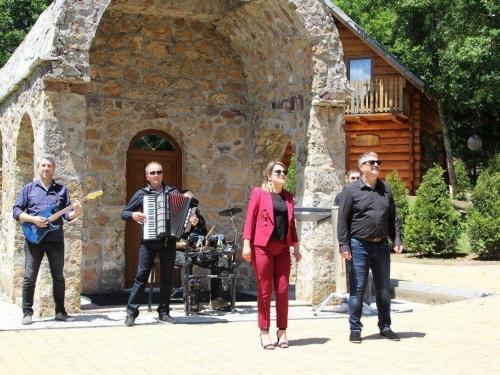 FOTO: Zdravko Čurić snima novi spot