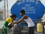Indija se bori s temperaturama do 50 stupnjeva