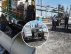 Privedeno 11 migranata koji su iskočili iz cisterni za gorivo
