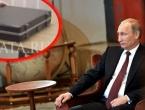Putin se ne odvaja od ove aktovke!