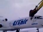 VIDEO: Dobio otkaz na aerodromu pa bijes iskalio uništavajući zrakoplov