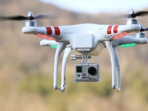 Pokušao poslati dron sa suzavcem na Maksimir, pa ga zabio u drvo!