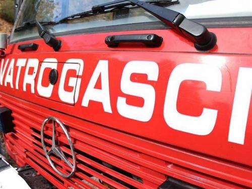 Vatrogasci se bore s požarima na području Livna i Tomislavgrada
