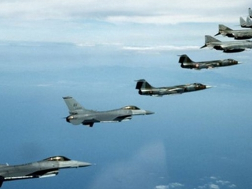 Rusija ratuje po Siriji, NATO vježba na Mediteranu