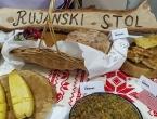 """U Bučićima predstavljena tradicijska jela: """"Što su jeli naši preci"""""""