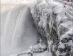 Slapove Niagare okovao led