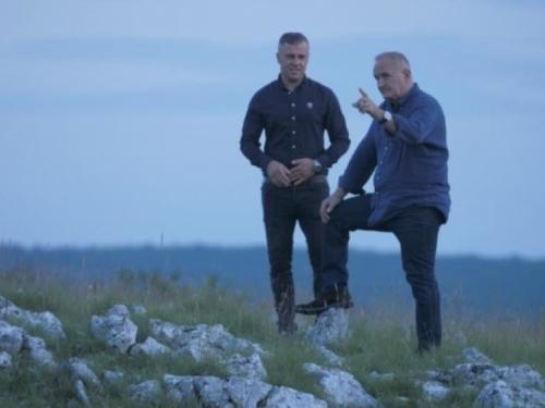 VIDEO: Josip Ivančić i Mate Bulić snimili ''himnu iseljenika''