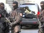 Uhićen muškarac koji je zamalo aktivirao ručne bombe ispred zgrade Vlade