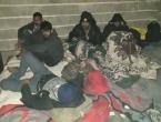 Šuga među migrantima u USK, zaraženi pojedini policajci i zdravstveni djelatnici