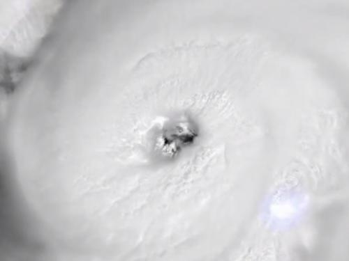 Uragan Laura drastično ojačao, SAD čeka udar