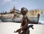 Pirati napali brod i oteli 12 članova posade