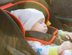 Znanost ima objašnjenje zašto bebe bez problema zaspu u automobilu