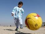 Obitelj dječaka s najlonskim dresom Messija napustila Afganistan