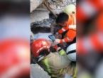 Muškarca živ izvučem ispod ruševina u Draču dva dana nakon potresa