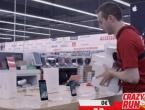 Dali su mu 100 sekundi da iznese sve što poželi iz trgovine elektronikom