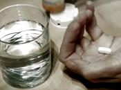 Miješanje alkohola i lijekova opasnije je nego što se misli