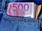 Anonimni donator na oltaru ostavio snop novčanica za Afriku