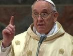 Papa Franjo osudio trgovinu djecom i odraslim ljudima