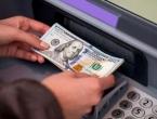 Dolar prema euru oslabio gotovo 2 posto