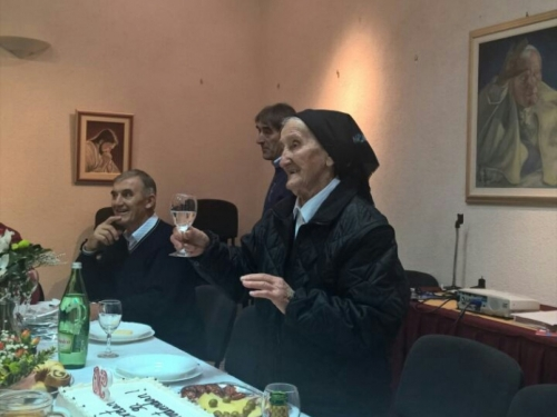 Najstarija Ramkinja u Popovači proslavila 90. rođendan
