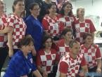 Ramske navijačice iz lokalne tvornice spremne za polufinalnu utakmicu