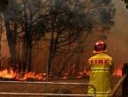 Australski vatrogasci bore se s megapožarom