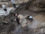 Nastavljeno izvlačenje kipova starih preko 3.000 godina