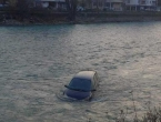 Konjic: Automobil završio u Neretvi