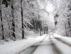Vozači oprez: I dalje ima snijega po cestama