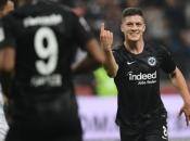 Luka Jović postigao pet golova za Eintracht