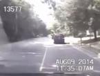VIDEO: Policajac zaustavio automobil, a nakon toga...