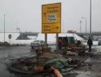 Policija deblokirala petlju Šićki brod, nekoliko boraca prevezeno u UKC Tuzla
