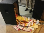 U zvučnicima VW-a pronađeno 5.000 kutija cigareta