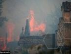 Kritično u Hodbini: Mještani i vatrogasci zajedno brane kuće