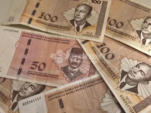 U ožujku prosječna neto plaća 916 , a bruto 1.407 KM