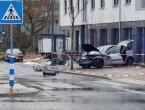 Auto se zabio u autobusnu postaju u Njemačkoj, ima poginulih i ozlijeđenih