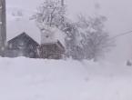 Ogromna oluja u Japanu, palo dva metra snijega
