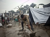 Snažna oluja poharala Indiju, najmanje je 40 ljudi poginulo