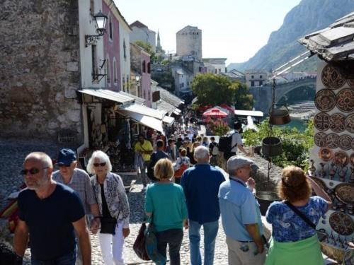 BiH za deset mjeseci posjetilo više od 1,1 milijuna turista