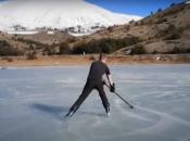 Prizor s Blidinja: Hokejaš snimio video klizanja po zaleđenom jezeru