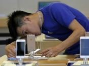 Dvojica Kineza prevarili Apple za skoro milijun dolara uvaljujući im lažne iPhone