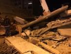 Broj mrtvih u Albaniji porastao na 15, Hrvatska šalje dva helikoptera i pse