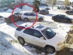 VIDEO: Žene i vožnja - 5 minuta istravala auto